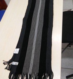 Мужской фирменный шарф
