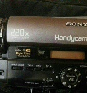 Видеокамера Sony Handycam CD-TR730E