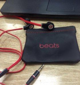 Beats наушники