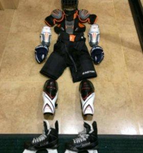 Продам хоккейную экипировку новая!!