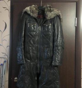Кожаная длинная куртка