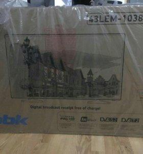 """43"""" (109 см) LED-телевизор BBK 43LEM-1038/FTS2C"""