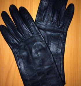 Женскии перчатки