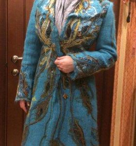Женское пальто Yukostyle