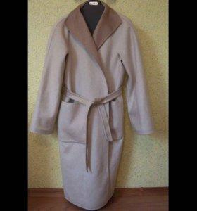 Пальто Max Mara двухстороннее, размер 44.
