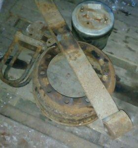 Ресоры на полуприцеп SAF тормазной барабан