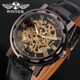 Часы Winner.
