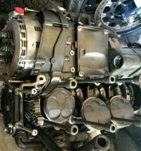 YAMAHA R1 (04-06) Двигатель в разбор.