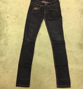 Продаю фирменные джинсы Killah
