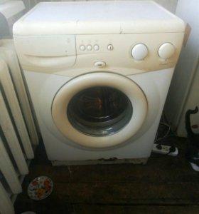 Продам робочию стиральную машинку