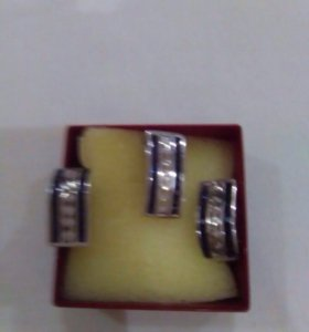 Продаю комплект серебро