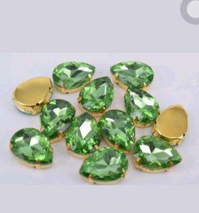 Стразы стекло, светло-зеленый