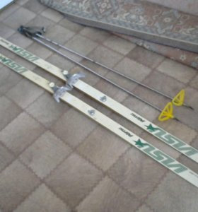 Продам беговые лыжи СССР-1988 г