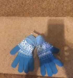 Новый комплект шарф и перчатки