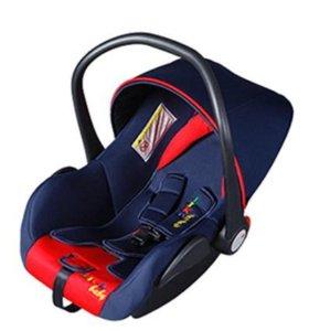 "Автокресло ""Liko Baby"" New Red\Blue (0-13 кг)"