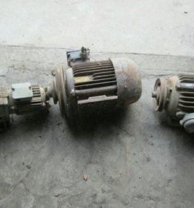 Продаю электро двигателя