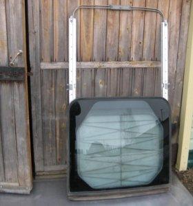 Задний сдвижной люк на Toyota Lite/Town Ace Noah