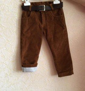 Вельветовые брюки.