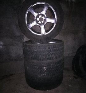 Yokohama ice guard 215/60 R16 + литые диски