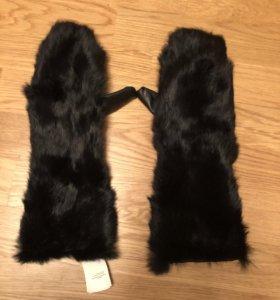Варежки перчатки Stefanel кожа мех новые оригинал