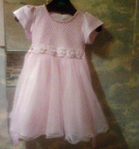Платье детское на 3-4 года