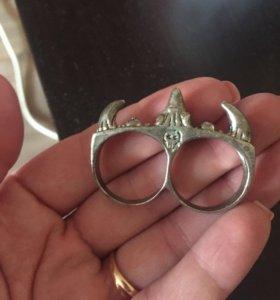 Кольца двойные