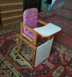 Столик и стул для кормления