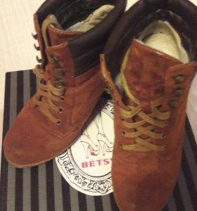Зимние ботинки на шерстянке 36 размер