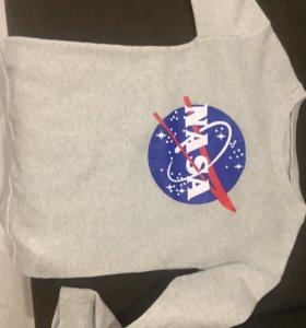 Толстовка NASA ( абсолютно новая)