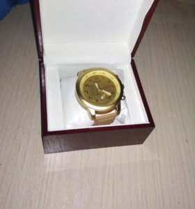 Часы 1000, с коробкой 1200