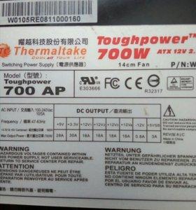 Блок питания Toughpower 700 w