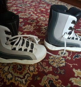 Ботинки для сноуборда BD 1041