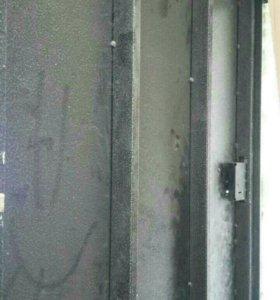 Стальная дверь без отделки