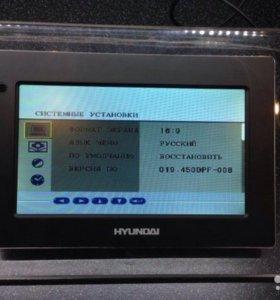 Новая цифровая фоторамка Hyundai H-FR7000