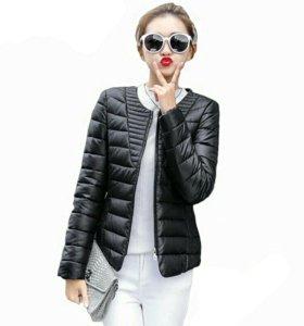 Женская куртка осень -весна
