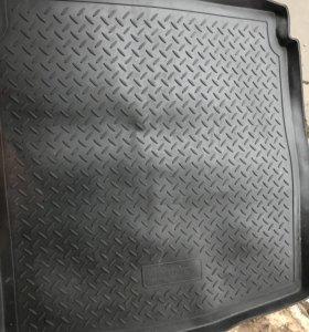 Коврик резиновый для багажника Audi A4