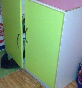 Кухонные шкафы 3 шт