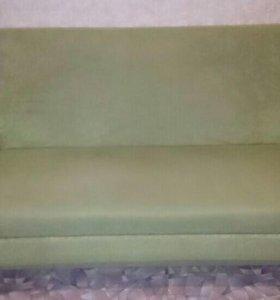Срочно продаётся диван, хорошее состояние.