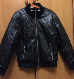 Кожаная куртка Comusl