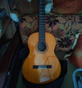 гитара Yamaha с40