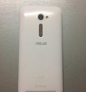 "Asus ZenFone 2, 5""8Gb White"