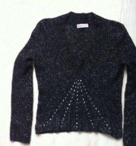 Изящный свитер с люрексом Италия(44-46 размер)