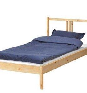 Кровать Фьельсе 90*200 с п/м. Б/у