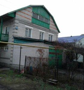 Коттедж, 200 м²