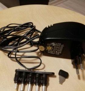 Зарядное устройство с переходниками