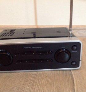 Радиоприёмник переносной Philips AE 2430