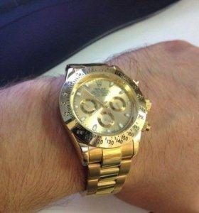 Часы Rolex Daytona.