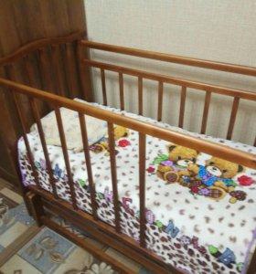 Детская кровать маятник +матрас