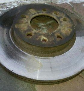 Передний тормозной диск на Мазда Атенза 6