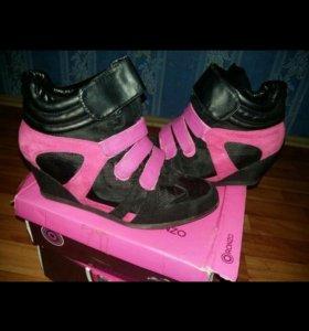 Обувь! Сникерсы